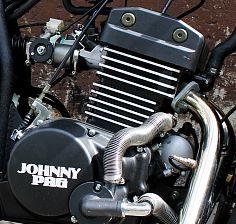 фото двигателя Johnny Pag Malibu 320i